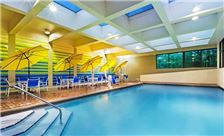 Knoxville Hotel Amenities - Pool