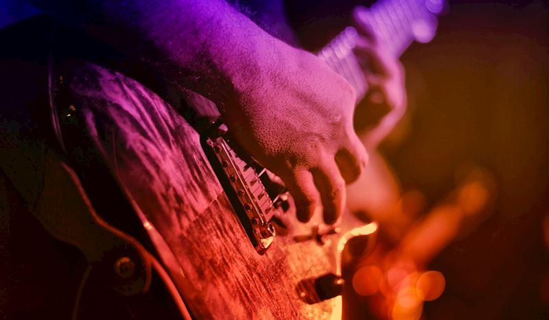 Chris Stapleton Concert Package(Available 10/4 - 10/5)