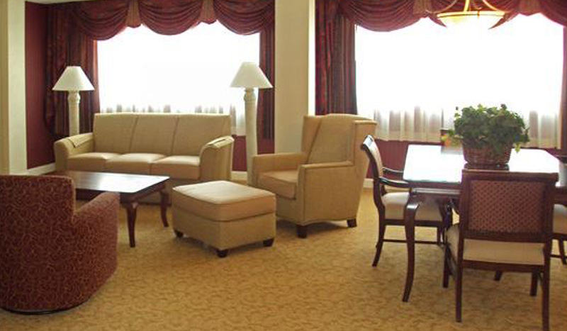 Summit Suite at Crowne Plaza Knoxville Downtown University Hotel, Tennessee